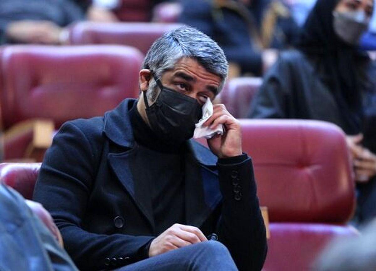 تعداد ماسک های پژمان جمشیدی از ترس کرونا سوژه شد + عکس