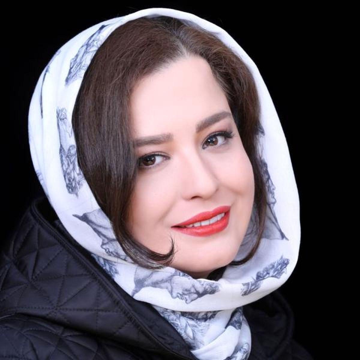 تیپ ناجور خواهران شریفی نیا در کنار مادرشان + عکس