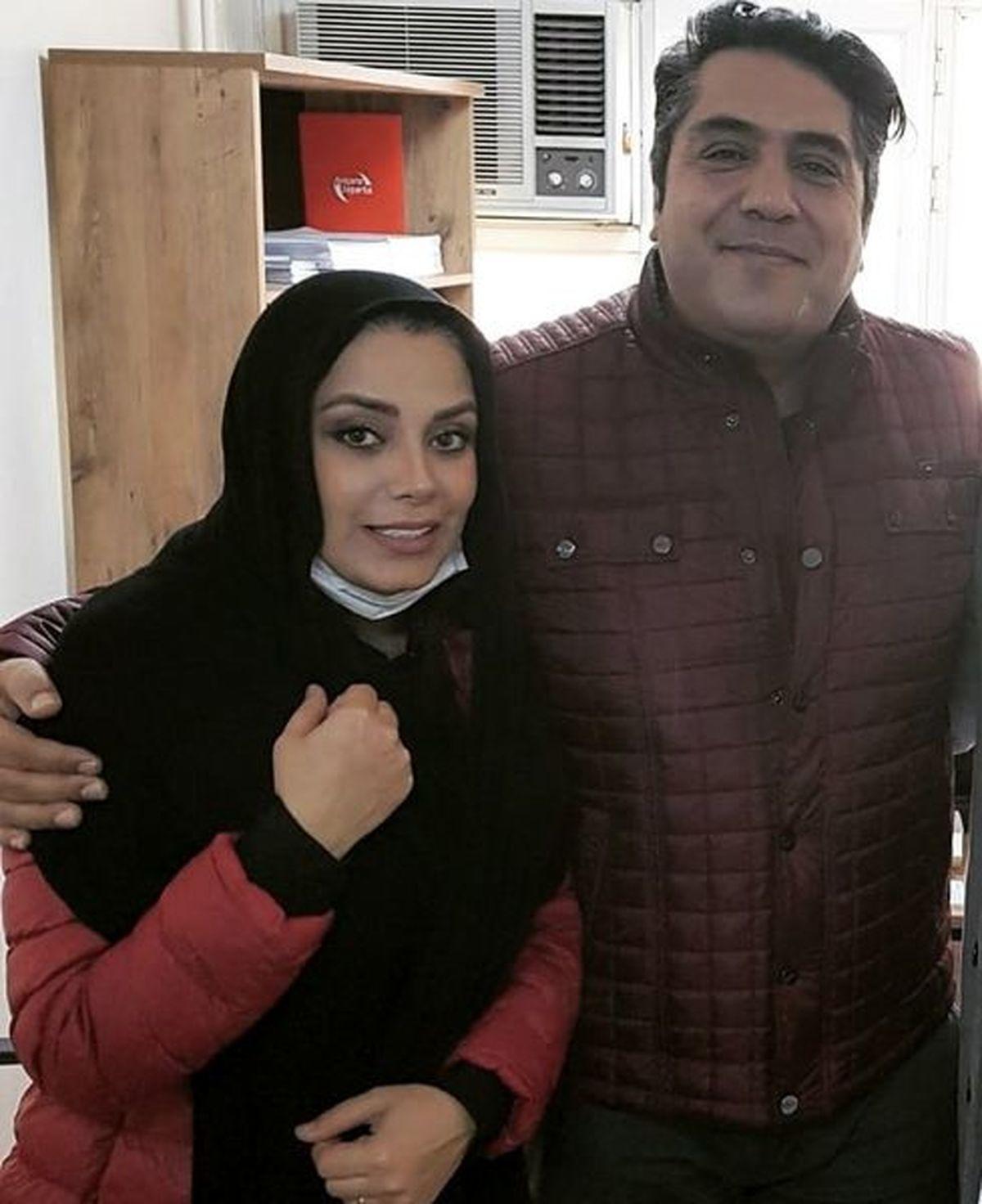 عکس لورفته از مجری معروف در کنار همسرش در ترکیه + عکس